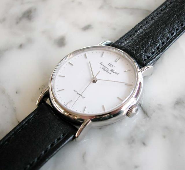 腕時計は革ベルトとメタルバンドどっちがいい?メ …